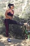 Suelyn Medeiros Hiking 06