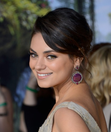 "Mila Kunis – ""Oz The Great And Powerful"" Premiere in Hollywood 07"