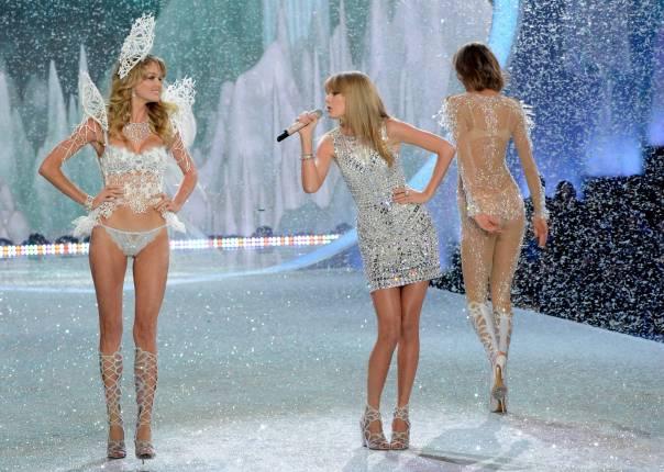 Taylor Swift – 2013 Victoria's Secret Fashion Show 05