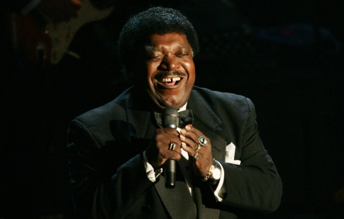 Percy Sledge performs after being inducted into the Rock and Roll Hall of Fame.